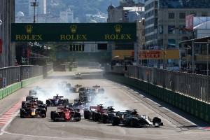 2017年F1第8戦アゼルバイジャンGP 決勝スタート