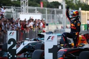 2017年F1第8戦アゼルバイジャンGP ダニエル・リカルド(レッドブル)が優勝