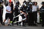 F1 | メルセデスF1、勝利奪ったヘッドレストのトラブルを分析。構造上の問題との結論