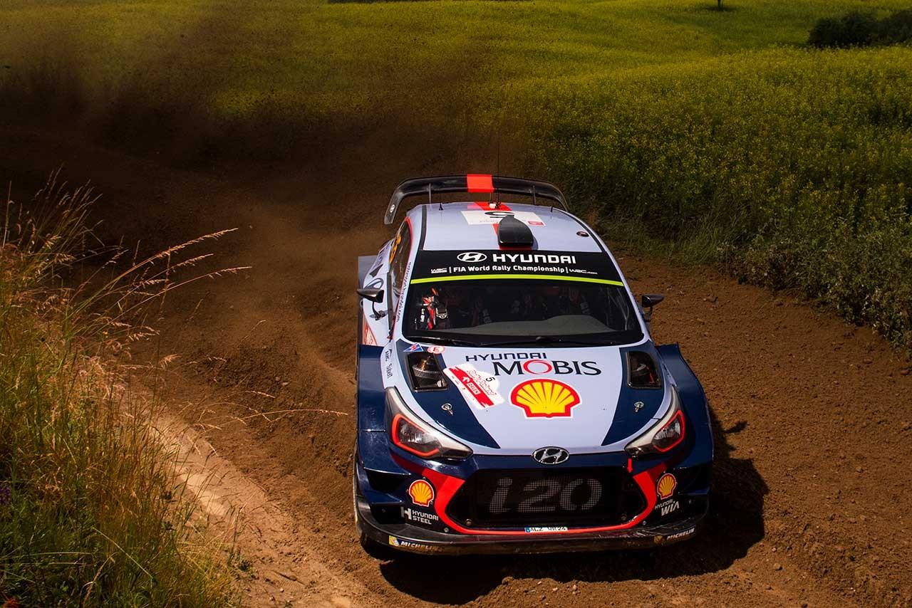 WRCポーランド:雨上がりのシェイクダウンはヌービルが最速。トヨタは1.2秒差の5番手
