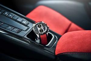 ポルシェデザインが手掛けた同社初のクロノグラフ『911 GT2 RSクロノグラフ』