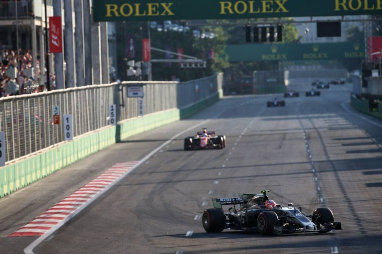 F1 | ハースF1代表、ブレーキ問題に「ドライビングスタイルの違いが関係」と説明