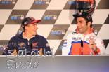 モタスポブログ | MotoGP現地トピックス:ブレイク中のペトルッチ。ファンの質問に対する回答で会場は大爆笑