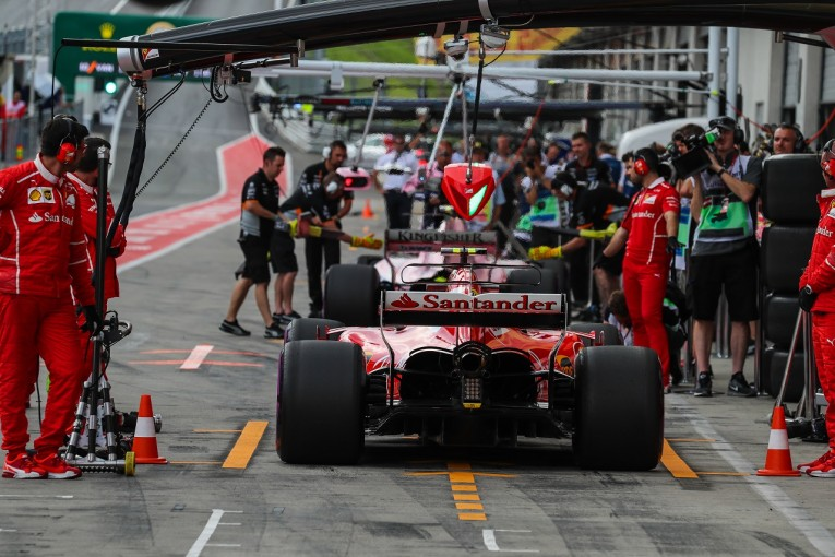 F1   ライコネン「僕らは僕らの仕事をし、彼らは彼らの仕事をしようとしている」:フェラーリ F1オーストリア金曜