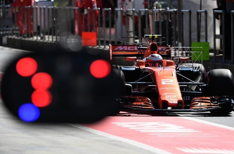 F1   バンドーン13位「好調な週末。僕らは間違いなく良い方向に向かっている」マクラーレン・ホンダ F1土曜