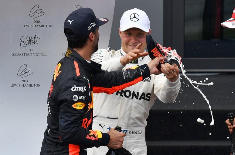 F1 | F1オーストリアGP決勝:ボッタスがポール・トゥ・ウイン、アロンソは追突されリタイア