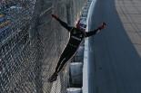 海外レース他 | インディ第11戦:帰ってきたスパイダーマン! カストロネベスが3年ぶりの勝利