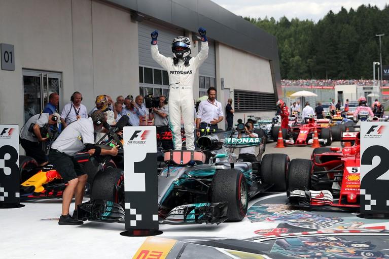"""F1   高速テクニカルなレッドブルリンクで""""最高のスタート""""を決めたボッタスが2勝目【今宮純の視点】"""