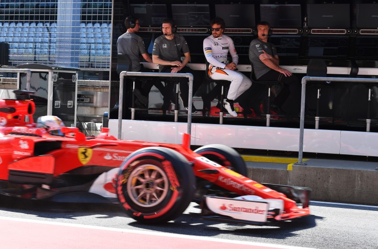 F1 | フェラーリ会長、2018年のアロンソ移籍の噂を否定。「彼に関心を抱いていない」