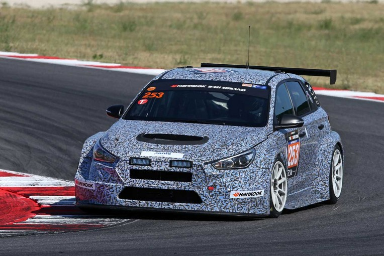 海外レース他   ヒュンダイ、新TCRマシン開発テストでミサノ24時間参加。トラブル発生も369周走破