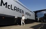 F1   「マクラーレン・ホンダF1のプロジェクトを信じるドライバーしか必要ない」チームがアロンソに忠誠心を求める