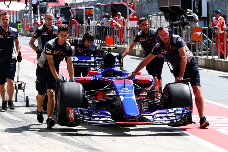 "F1   トロロッソF1、イギリスGPの車検でトラブル。""危険な状態のマシン""に対する改善命令に従わず"