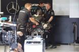 モタスポブログ | めったに見られないメルセデスPU交換作業の現場に遭遇@F1イギリスGP 現地情報1回目