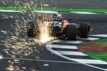 F1 | アロンソ「最後尾からでも入賞を目指す。25回ストップのような大混乱のレースになればいいな」