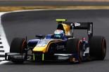 FIA F2イギリスレース2で優勝したラティフィ