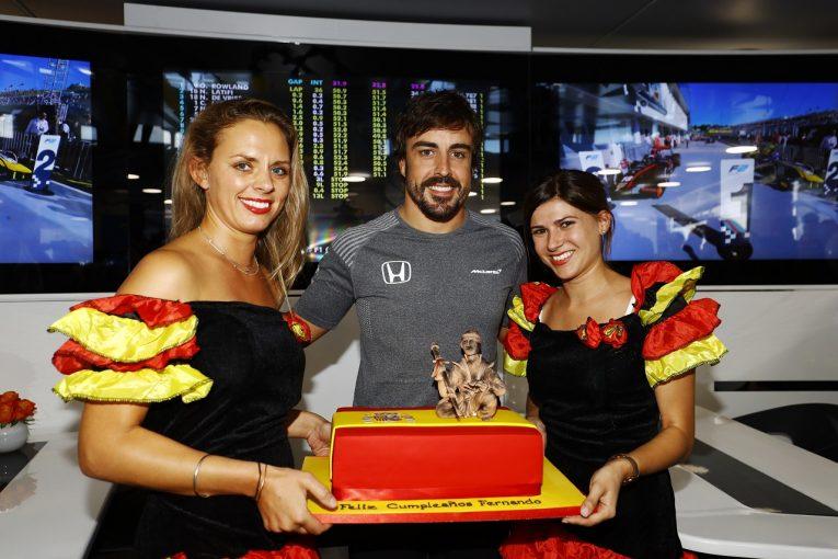 F1   アロンソ予選8位「嬉しいが最高の誕生日プレゼントではない。2018年はぜひPPを!」マクラーレン・ホンダ