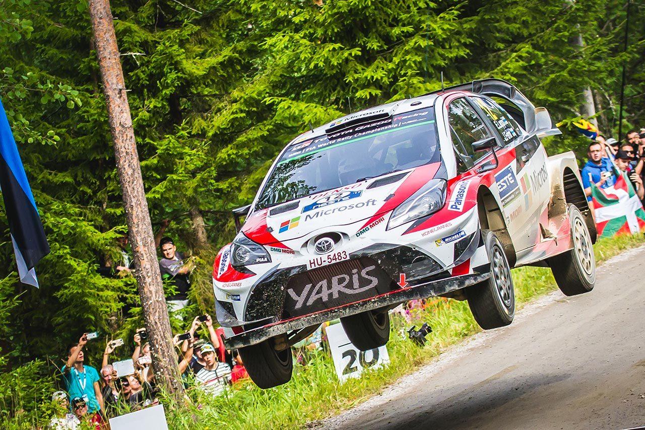 WRC:トヨタ、2017年2勝目なるか。若手ラッピが首位快走。ラトバラはデイリタイア