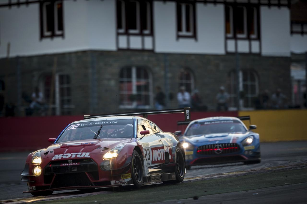 スパ24時間:63号車ランボルギーニがレース折り返しをリード。GSRは接触、リタイア