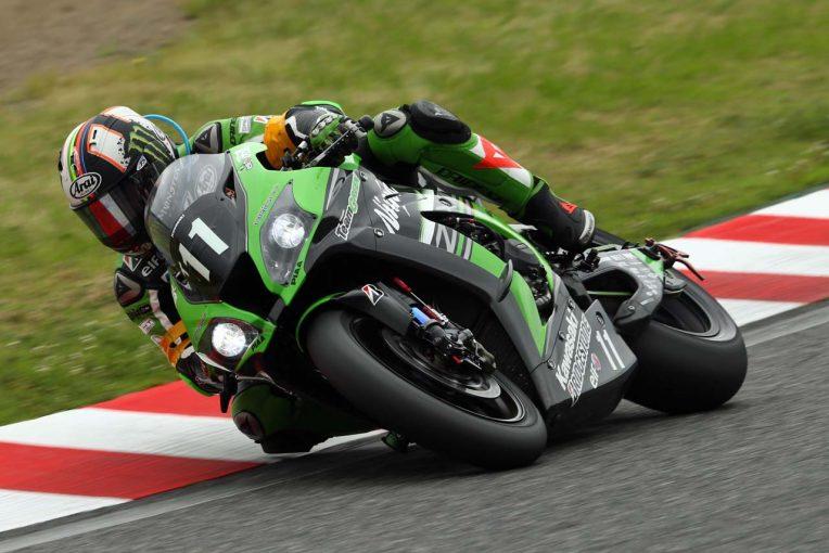 MotoGP   鈴鹿8耐:レースは折り返し。TSRホンダとカワサキによる2番手争いが激化