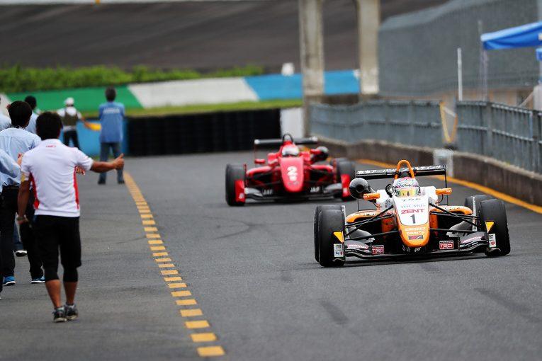 国内レース他 | 全日本F3第16戦:坪井がもてぎでハットトリック。F3-Nは2位のDRAGONが王座決定