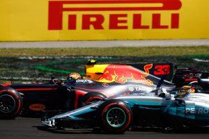 マックス・フェルスタッペン(レッドブル)とルイス・ハミルトン(メルセデス) 2017年F1第11戦ハンガリーGP