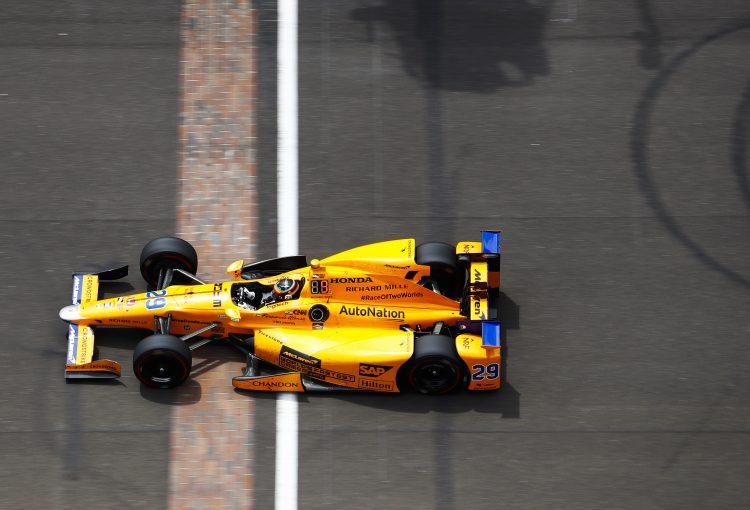 F1 | マクラーレンが2019年にインディカー参戦との噂。チーム首脳は「F1が第一」と否定