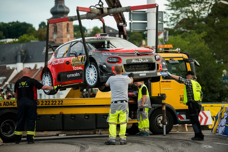 ラリー/WRC   WRCドイチェランド:シトロエンのミークがSS1クラッシュの波乱。トヨタ勢は6番手発進