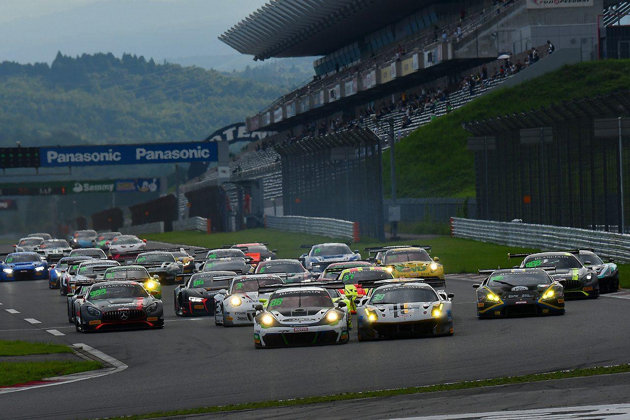 ブランパンGTアジア富士:CarGuy Racingがレースを圧倒! ケイ/横溝組が日本勢初勝利を飾る