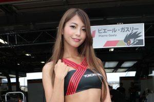 スーパーフォーミュラ | YOKOHAMA promotional models 宮本あかり
