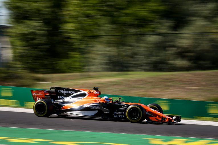 F1 | アロンソ、2018年以降も「F1が最優先」。最終的な決定は11月以降に持ち越しか