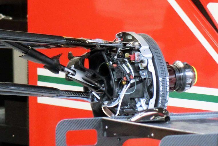 F1   【津川哲夫の私的F1メカ】サスペンションに新たなタマを発見。突き進むフェラーリギミック