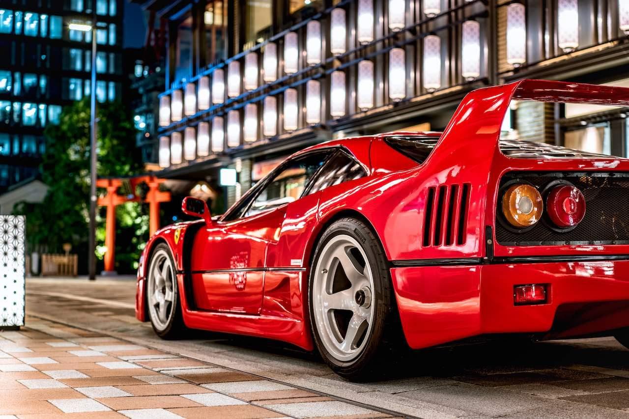 <短期連載>「乗るべしスーパーカー」発売記念02『フェラーリ・F40』