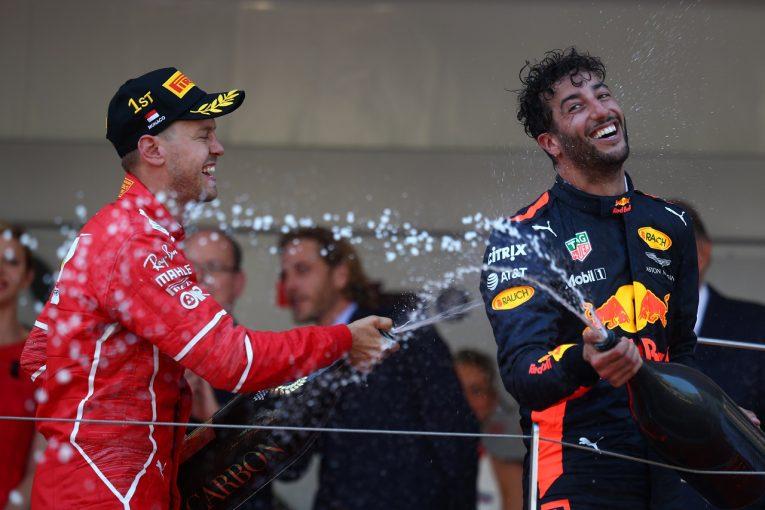 F1 | リカルド、根強いフェラーリF1入りのうわさを否定「ファンが望んでいるだけかも…」