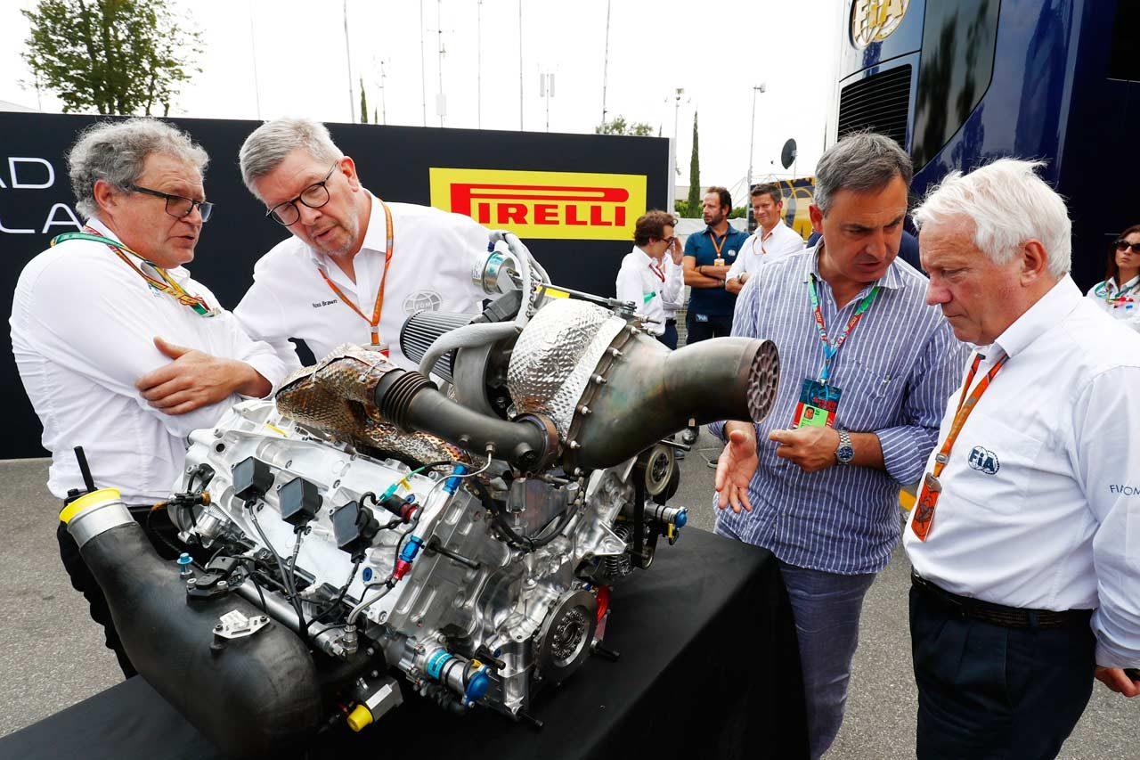 FIA F2、2018年から採用の新型マシンを初公開。V6ターボエンジン&ハロ採用