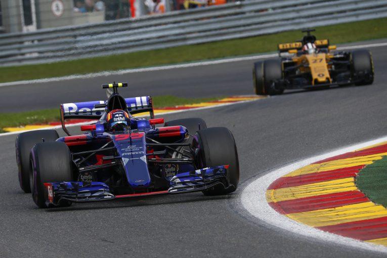 F1   ルノー製PUの支払いを減額したいレッドブルF1、見返りにサインツJr.を譲渡か