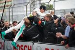 海外レース他   DTM第14戦:激しいトップ争いを制しウィケンスが今季初勝利。タイトル獲得に望みを繋げる