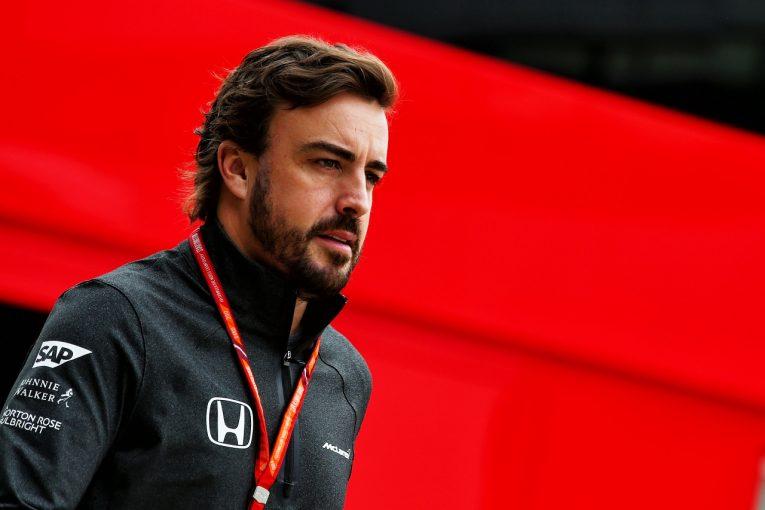 F1 | アロンソ「F1シンガポールGPは好成績を挙げるチャンス。絶対にトラブルは避けたい」
