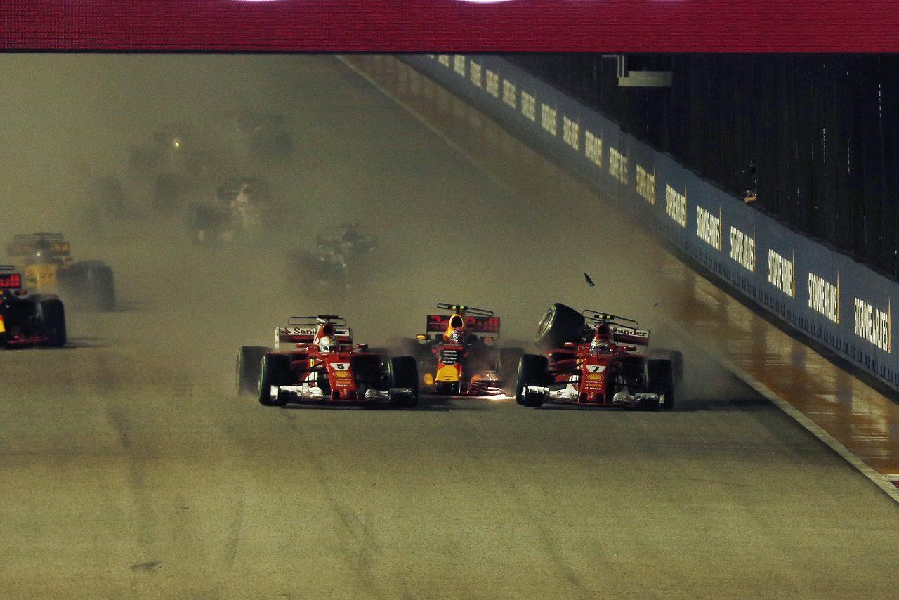 2017年F1第14戦シンガポールGP ベッテル、フェルスタッペン、ライコネンがスタート直後に接触