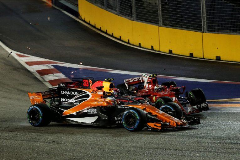 F1   アロンソ「今日は表彰台を狙っていた。ロケットスタートでチャンスをつかんだのに」マクラーレン・ホンダF1