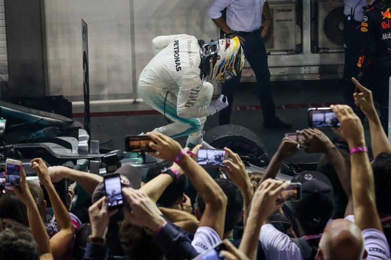 F1 | ハミルトン「雨を見た瞬間、勝利を確信した」:メルセデス F1シンガポール日曜