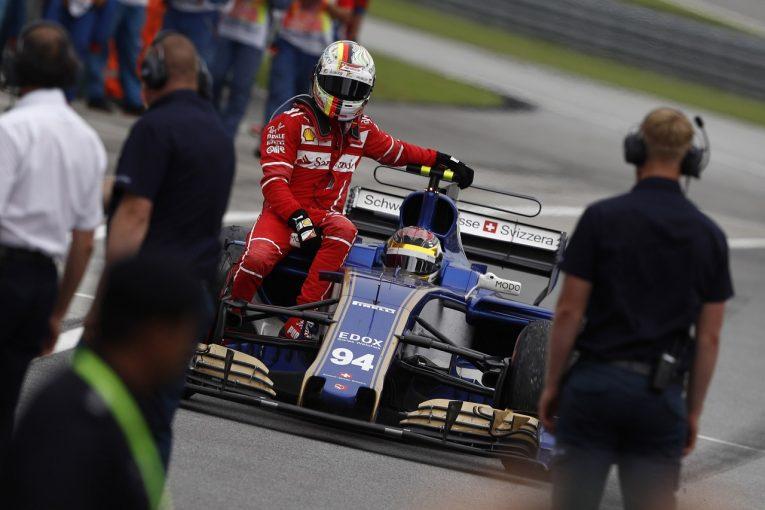 F1 | ベッテル、チェッカー後のクラッシュはおとがめなしも、懸念されるF1日本GPでのペナルティ