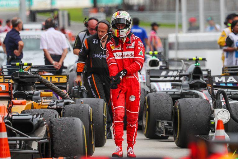 F1 | 【動画】チェッカー後にベッテルとストロールがクラッシュ/F1マレーシアGP決勝