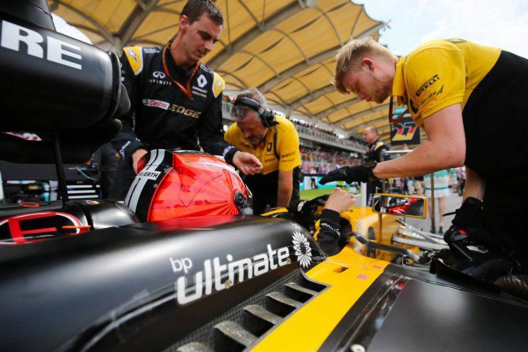 F1   ヒュルケンベルグ「クルマのスピードとポテンシャルを生かせなかったのが残念」:ルノー F1マレーシア日曜