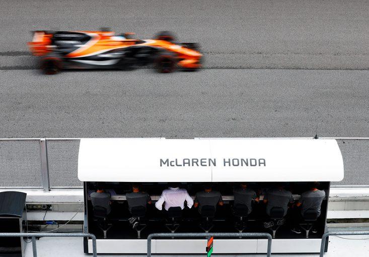 F1 | F1 Topic:離婚直後から、他人となったマクラーレンとホンダ。あくまで『お互いプロとして協力』