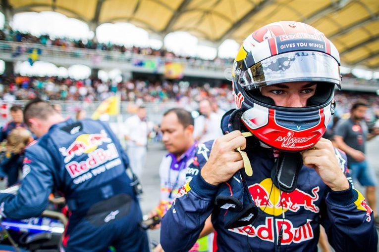 F1   【F1マレーシアGP無線レビュー】ガスリー、デビュー戦に手応え「日本GPではもっと上手くやれる」