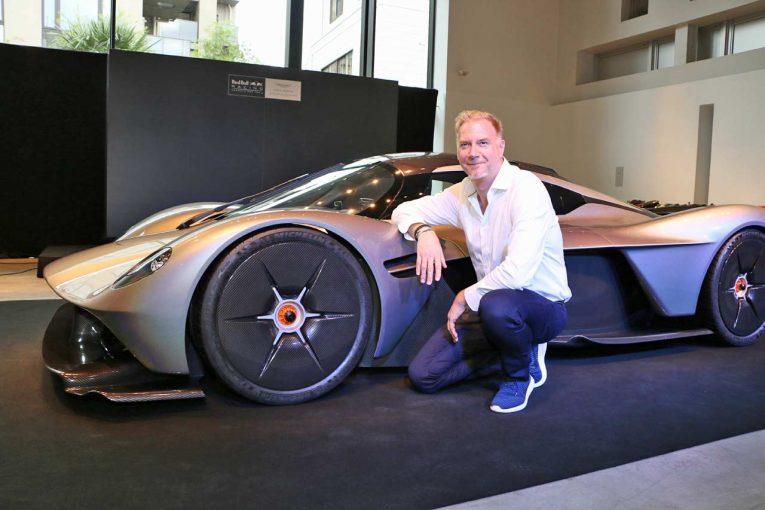クルマ   レッドブルF1と共同開発の『アストンマーチン・バルキリー』日本初披露。レース仕様の製作も明言