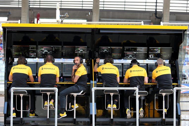F1 | FIAの技術責任者を引き抜いたと批判を受けるルノーF1、「積極的な雇用」を進めていることを認める