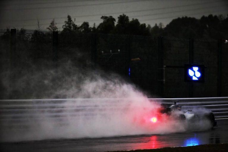 F1 | F1日本GP FP2:大雨となったセッションで最多周回はハミルトンのわずか4周。明日の午前も雨予報
