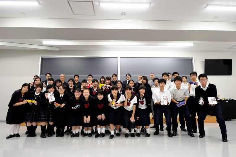 F1   日本GPの裏で行われた、もうひとつのF1。『F1 in Schools 日本大学グランプリ』で中高生が活躍