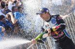 アンドレアス・ミケルセンは2016年のラリー・オーストラリアで優勝